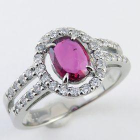 母親の形見 ルビーの指輪